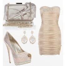 Bežový šaty a elegantné doplnky